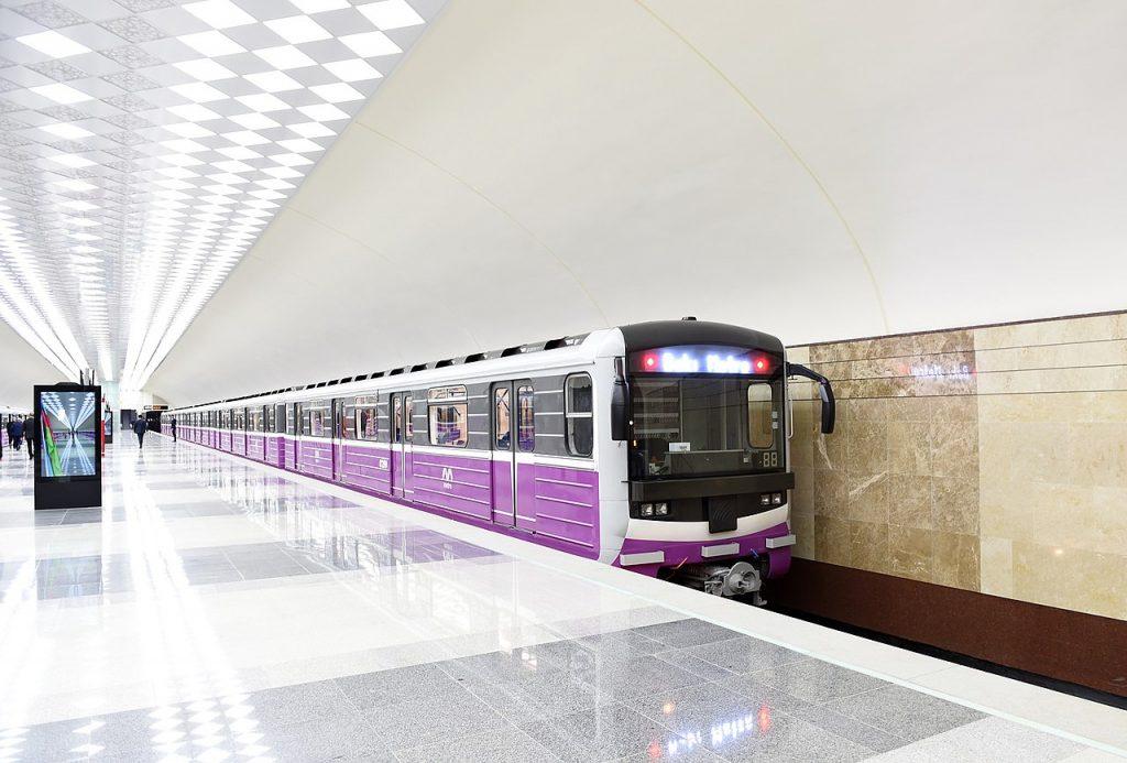 Avtovağzal metro station