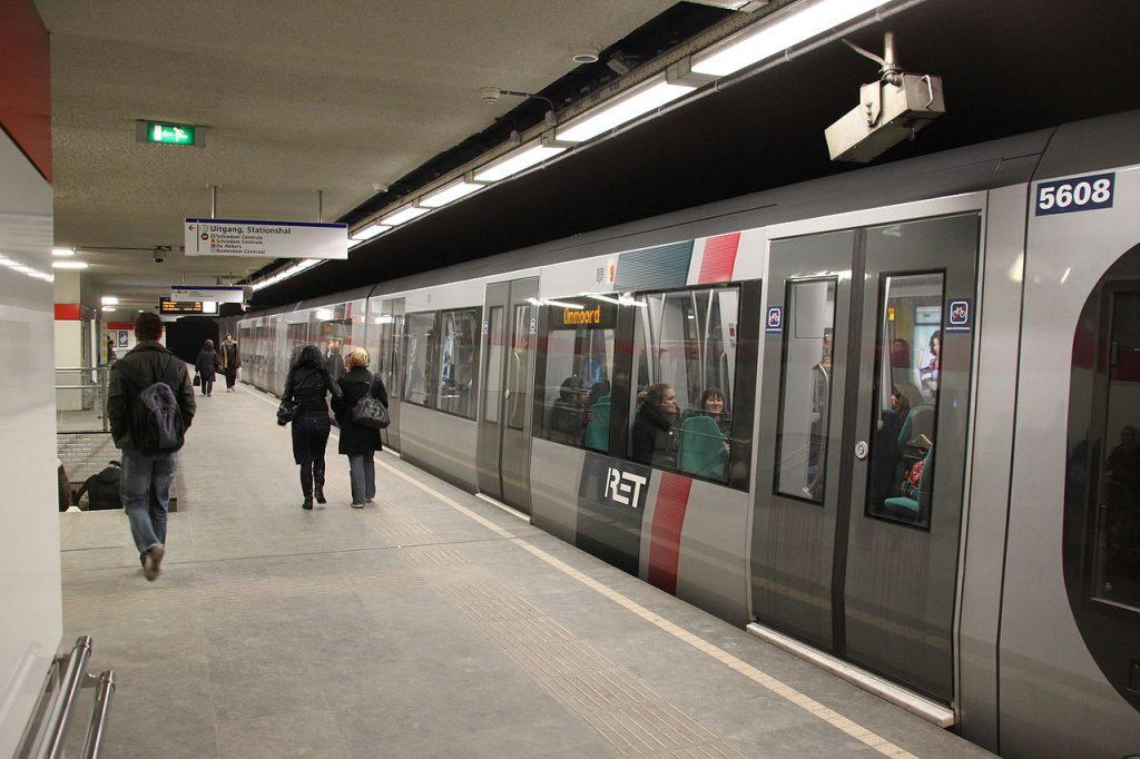 Beurs metro station