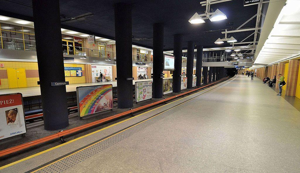 Centrum metro station