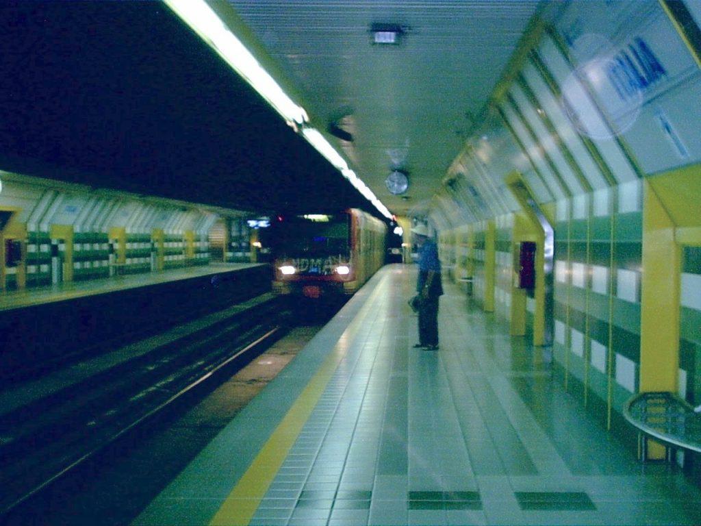 Italia metro station