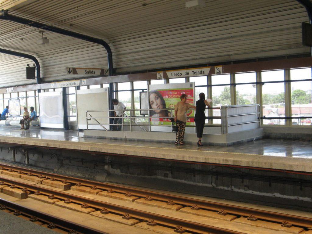Lerdo de Tejada metro station