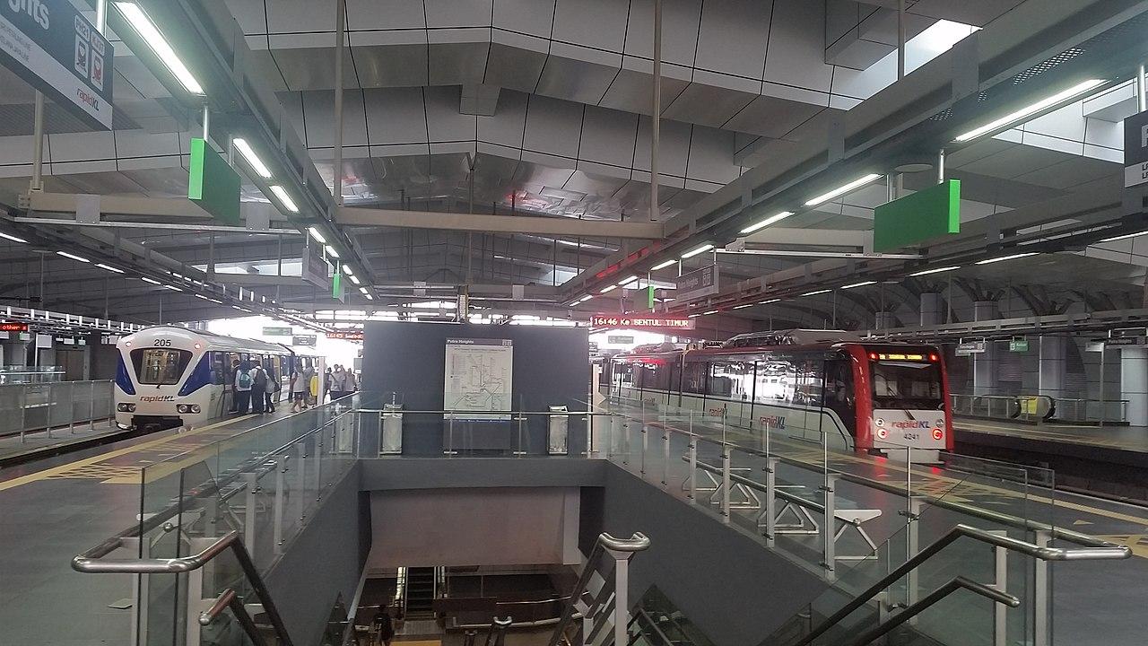 Putra Heights LRT station