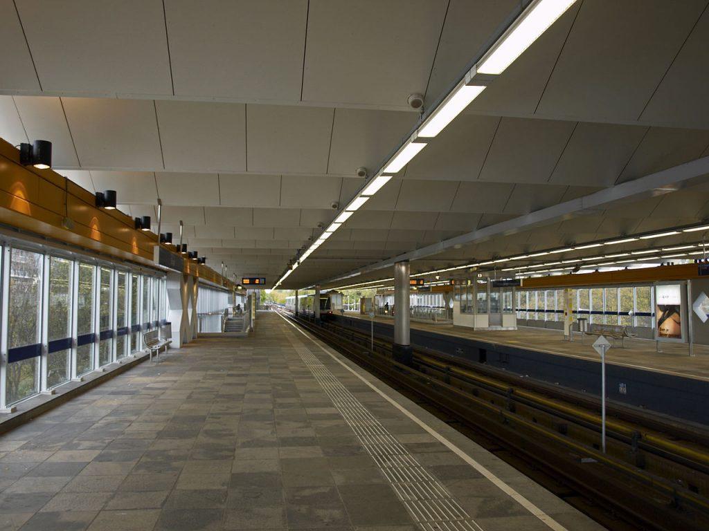 Slinge metro station