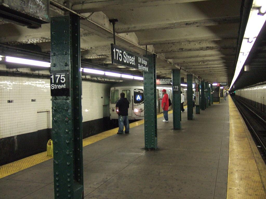 175th Street station