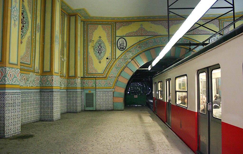 Karaköy station