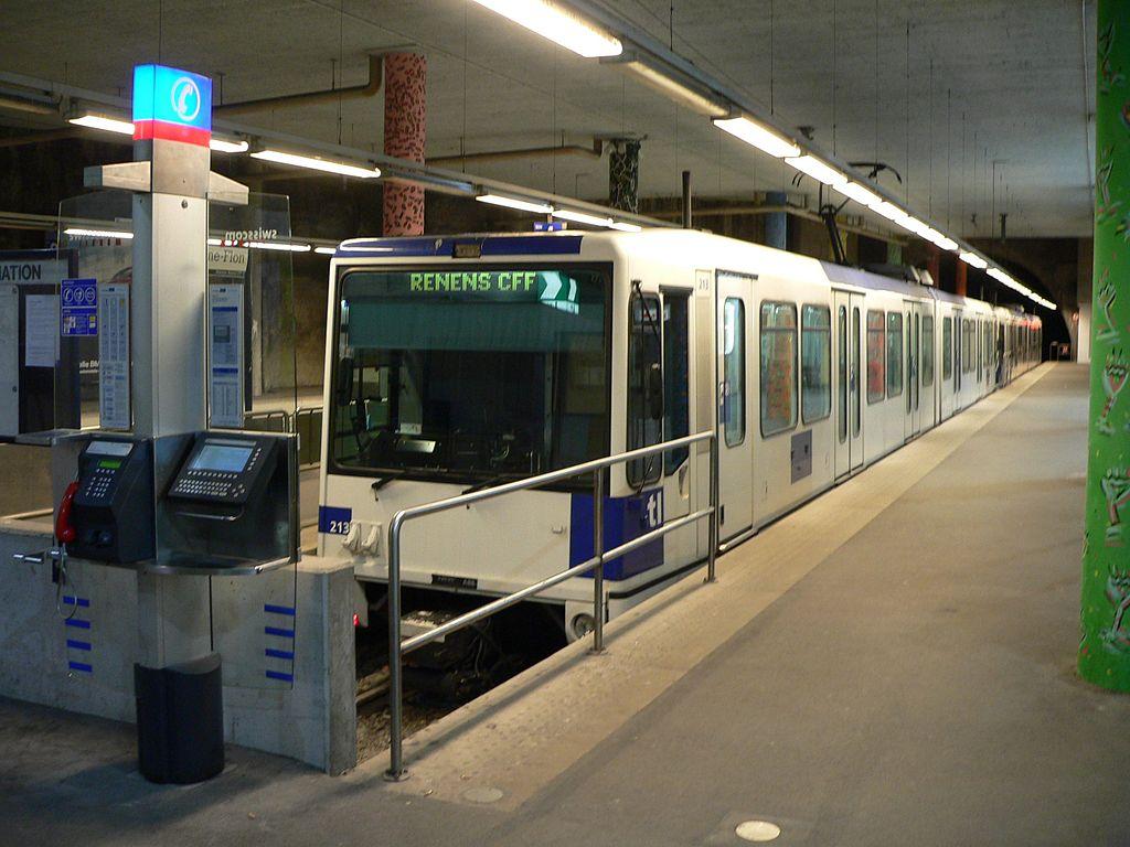 Lausanne-Flon station