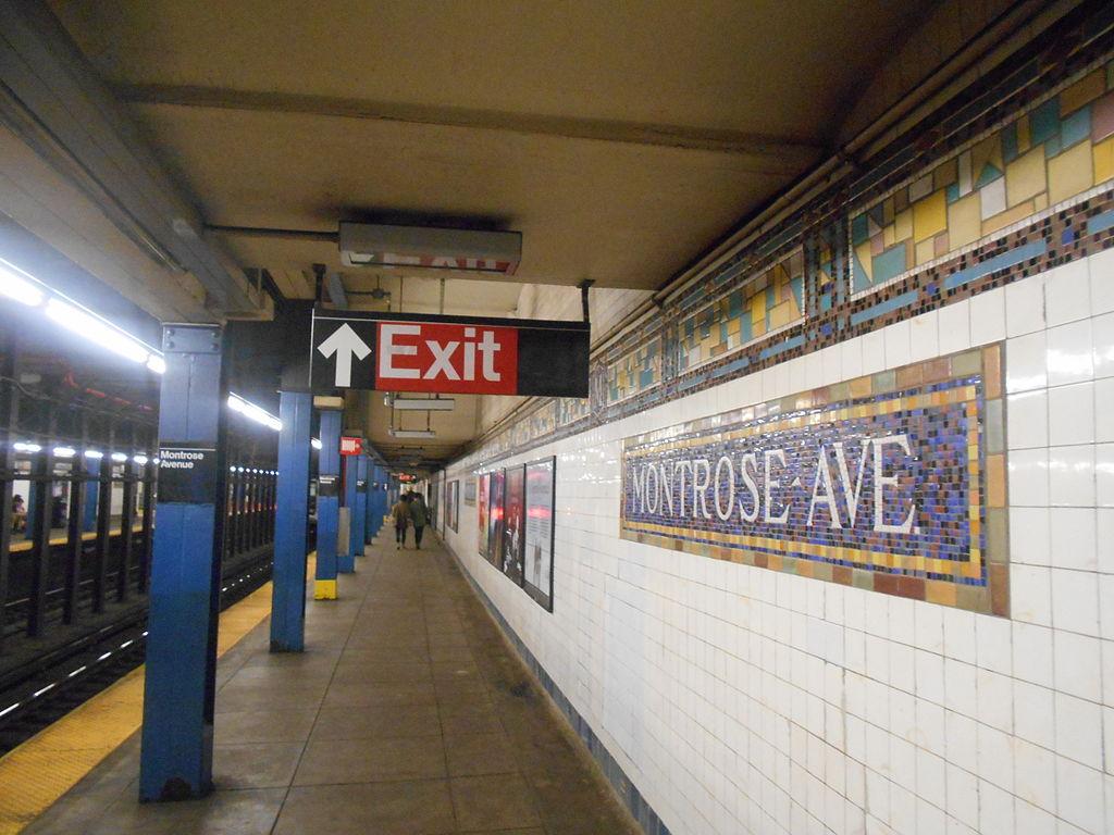 Montrose Avenue station