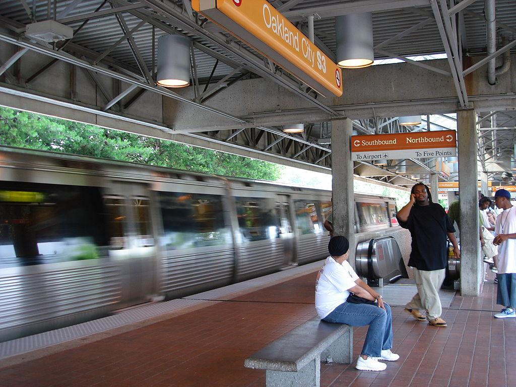 Oakland City station