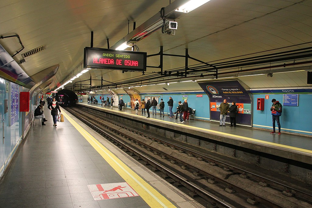 Oporto Station
